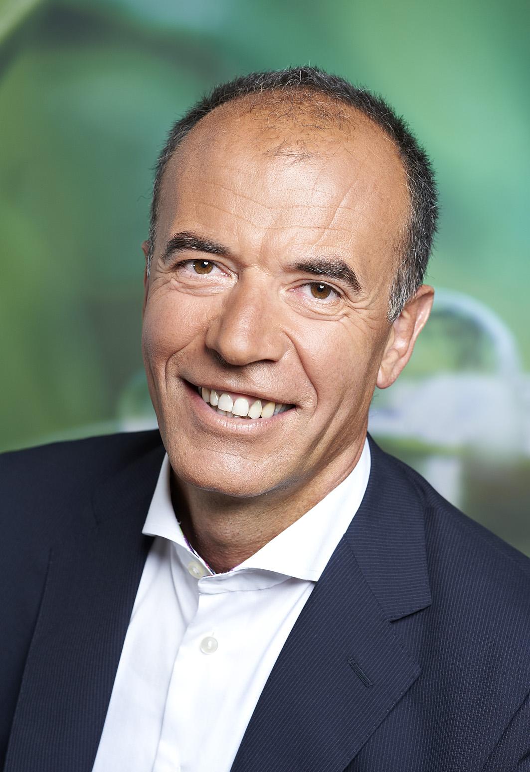 Hansruedi Henggeler IEC GmbH